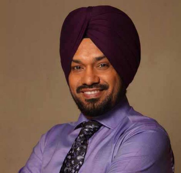 comedian gurpreet ghuggi to join AAP, Bhagwant Mann AAP will win Punjab Elections