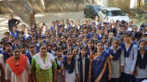 आज का समाज और नैतिक मूल्य पर निबंध Hindi Essay on Moral values in society