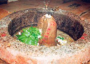 Kya Tute Shivling (Khandit) Ki Bhi Ki Ja Sakti Hai Puja