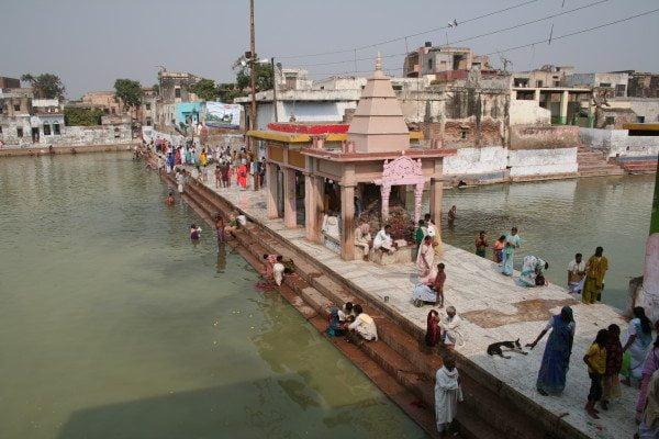 Sri Krishna Ne Radha Ko Diya Tha Ek Varadan Jisse Aaj Bhi Bharti Hai Mahilaon Ki Suni God