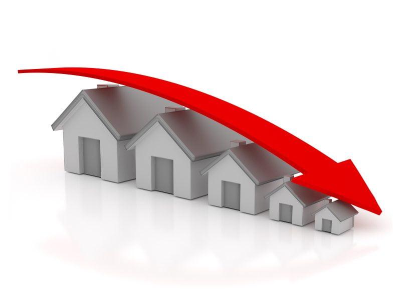 demonetisation housing real estate price down 30 percent Real estate down after demonetization?