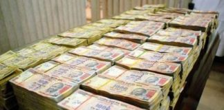 demonetization-tricks-to-convert-old-500-and-1000-black-money-new-currency