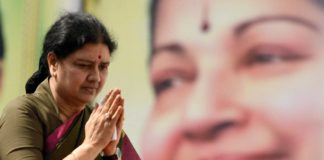Shashikala to be tamilnadu CM Paneerselvam