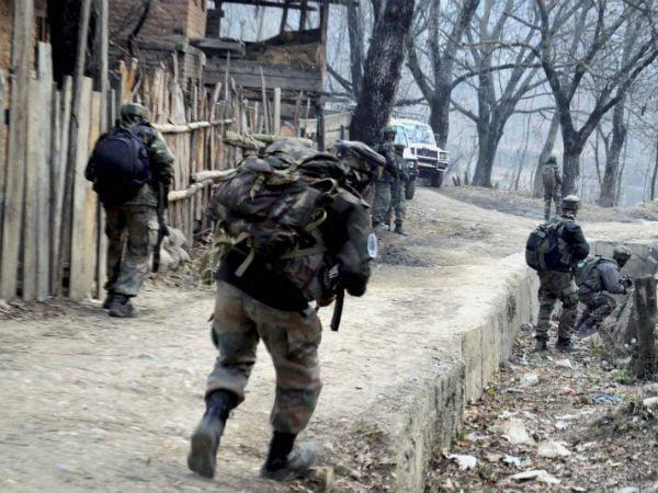 कुपवाड़ा के पंसगाम में सेना शिविर पर आतंकवादी हमला