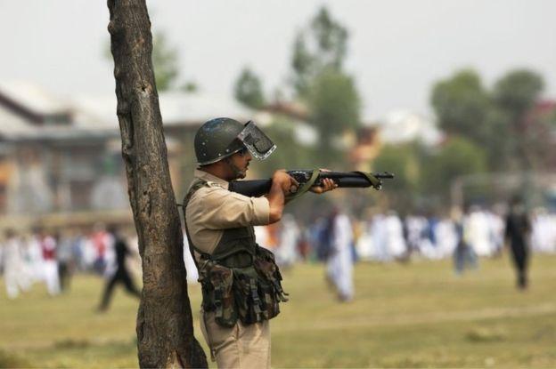 कश्मीर में सेना करेगी प्लास्टिक बुलेट का इस्तेमाल