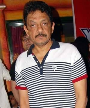 संजय दत्त के खिलाफ गैर जमानती वारंट जारी