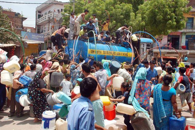 'पानी संकट' को हल करने के लिए दिल्ली सरकार ने पीएमओ के हस्तक्षेप की मांग की