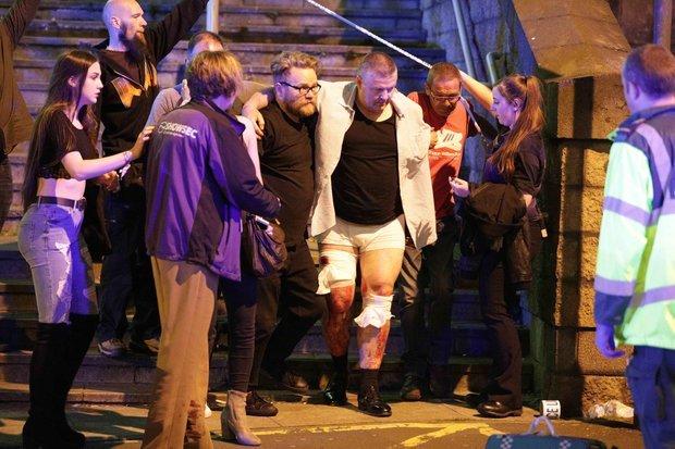 मैनचेस्टर विस्फोट: प्रधानमंत्री नरेंद्र मोदी ने कहा हमले से 'चिंतित' हूँ