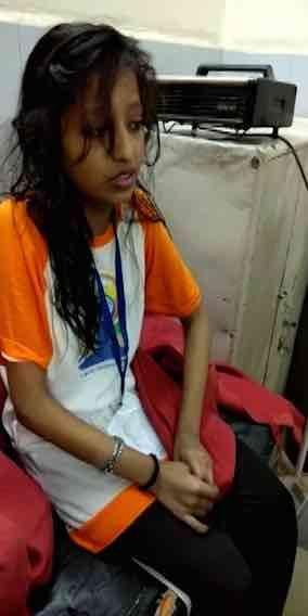 बारिश में प्रधानमंत्री मोदी के साथ योग करने के बाद स्कूल के बच्चे पड़े बीमार