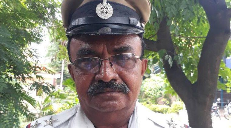 बेंगलुरु यातायात पुलिस ने एम्बुलेंस के लिए राष्ट्रपति के काफिले को रोका