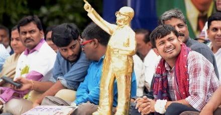 उत्तर प्रदेश के दलितों ने मुख्यमंत्री योगी आदित्यनाथ को भेजा अनोखा उपहार