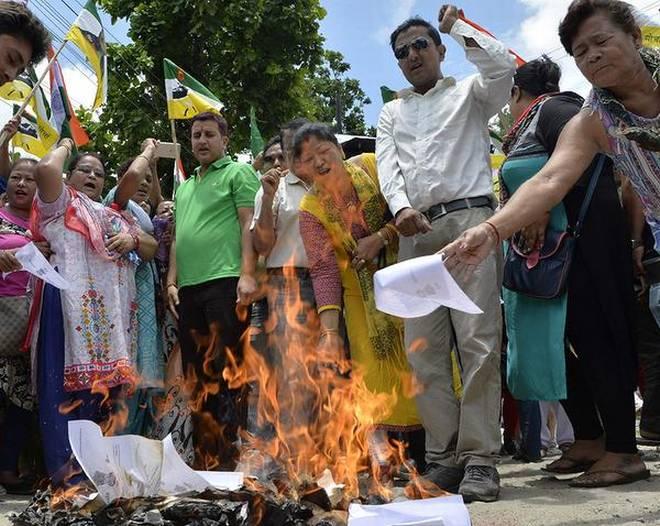 जीजेएम समर्थकों ने विरोध प्रदर्शन तेज किया, अलग गोरखालैंड की मांग