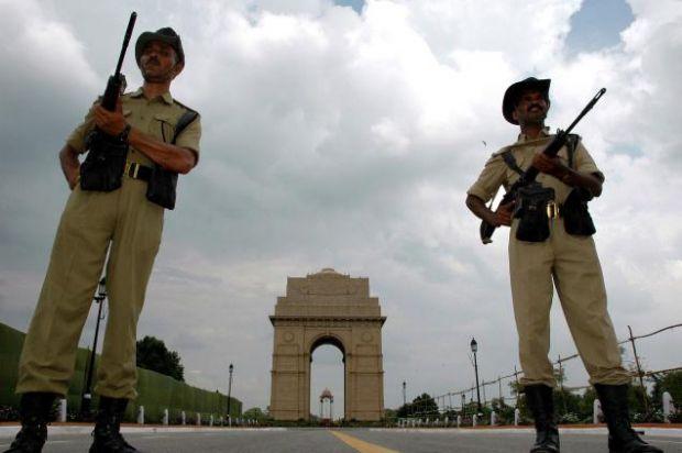 इंटेलिजेंस ब्यूरो की चेतावनी के बाद दिल्ली मे हाई अलर्ट, हो सकती है लंदन जैसी आतंकी घटना