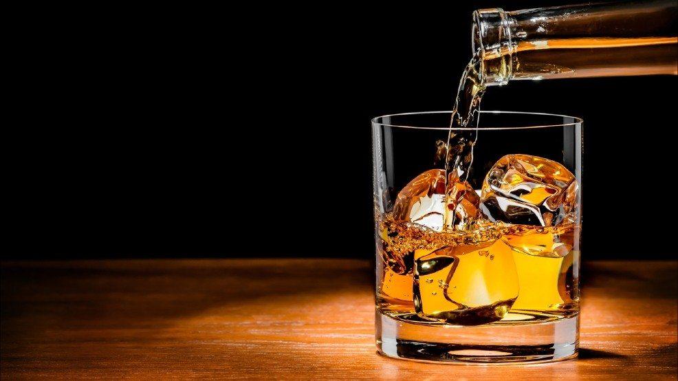 पंजाब विधानसभा ने दी मंजूरी, अब राजमार्ग पर बने होटलो में मिलेगी शराब