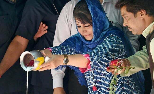 हर साल कश्मीरी पंडितो द्वारा मनाया जाता है खीर भवानी महोत्सव