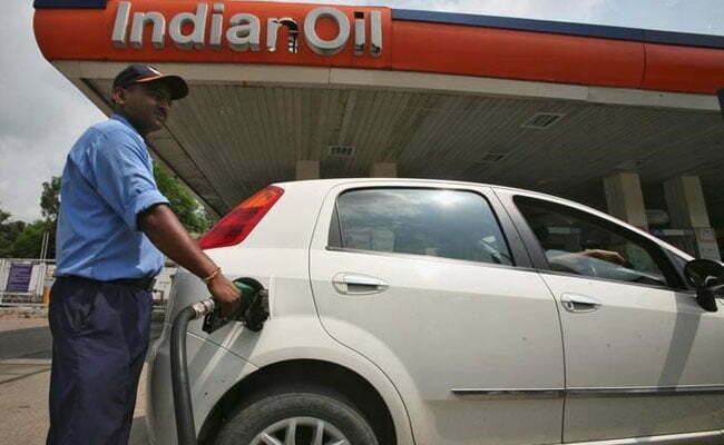 आज से देश भर मे पेट्रोल और डीजल के दाम रोज़ाना बदले जायेंगे, कैसे पता करेंगे आज की कीमत